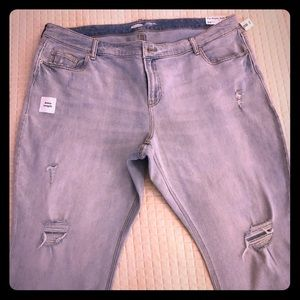 Distressed Old Navy Ankle Length Jeans- Size 24